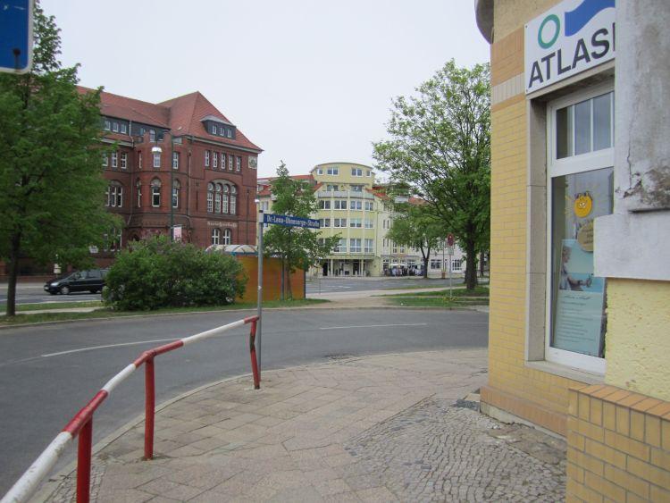 _02-Ohnesorgestraße+Kreishaus