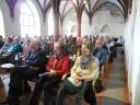 1 - Publikum im Refektorium des Dominikanerklosters